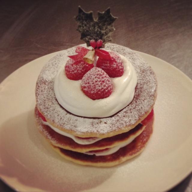苺のパンケーキミルフィーユ